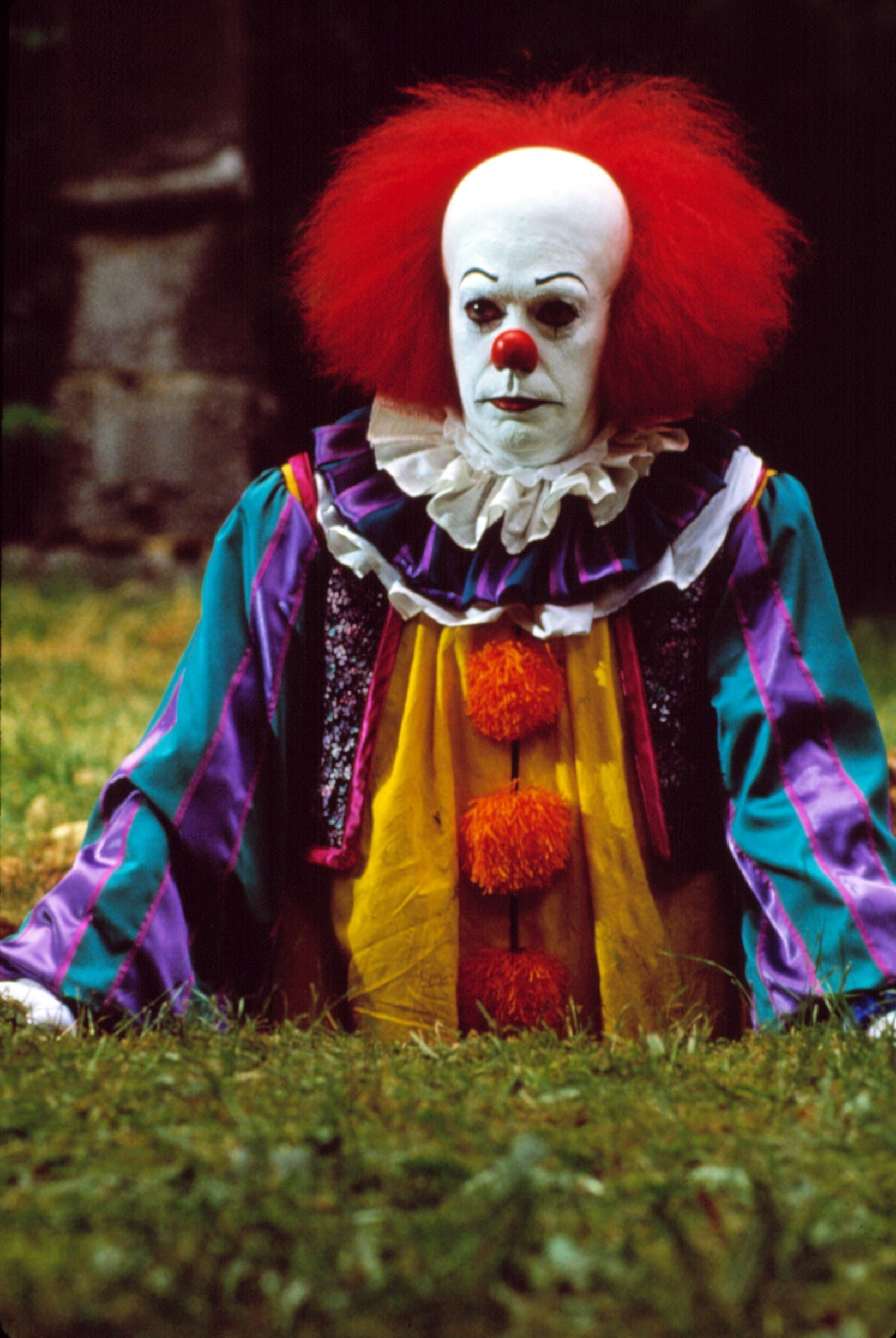 Pennywise the clown from IT!  sc 1 st  SewGood & Sew Scary! - SewGood™